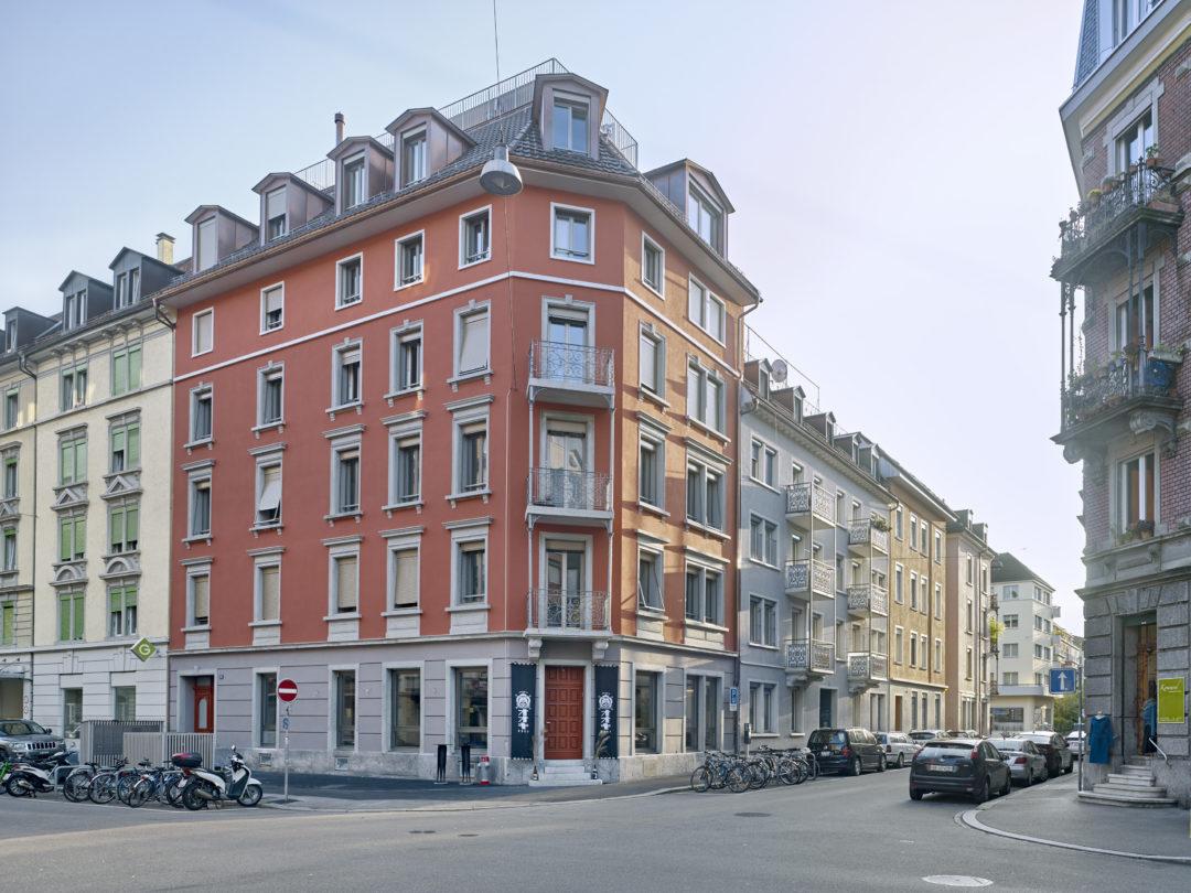Gründerzeit-Wohnhäuser saniert und Fassade erhalten, Zürich